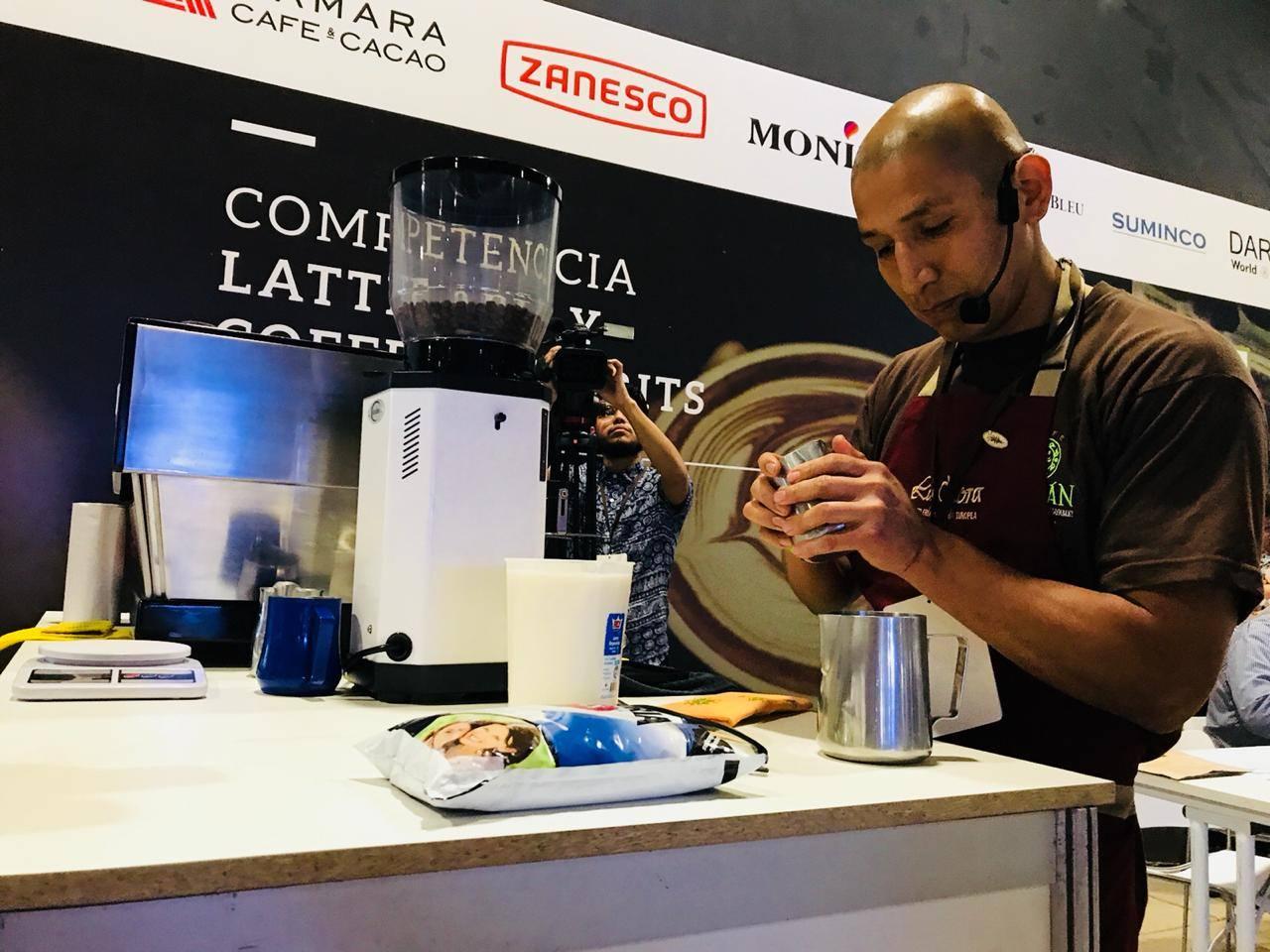 Campeonato de Latte Art en la Expo Café Perú 2018