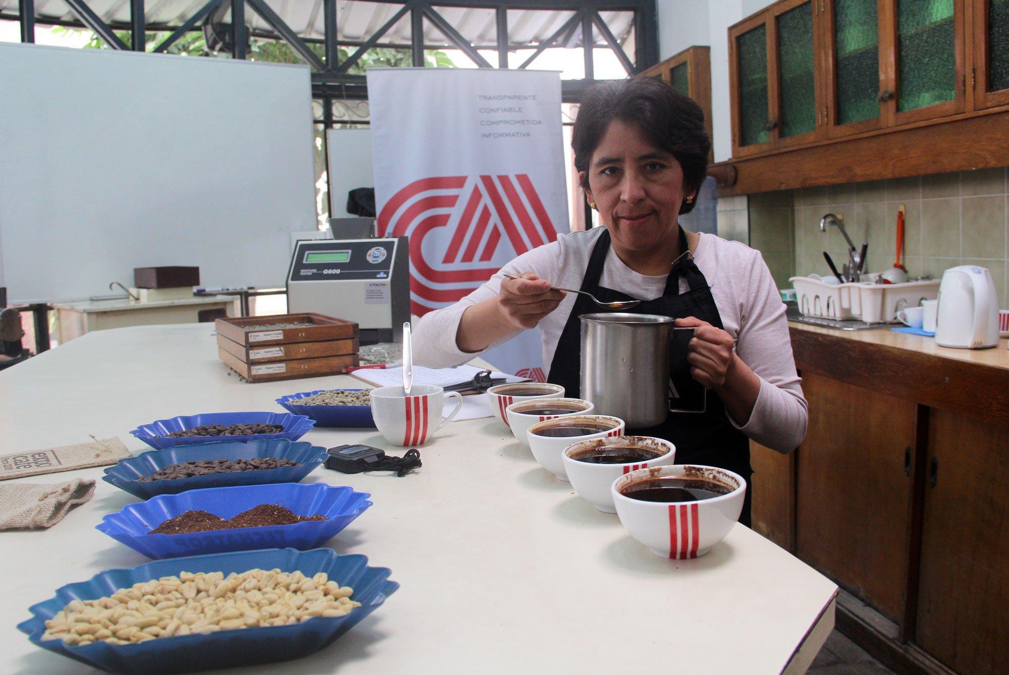Lourdes Córdova Moya: Experta en control de calidad