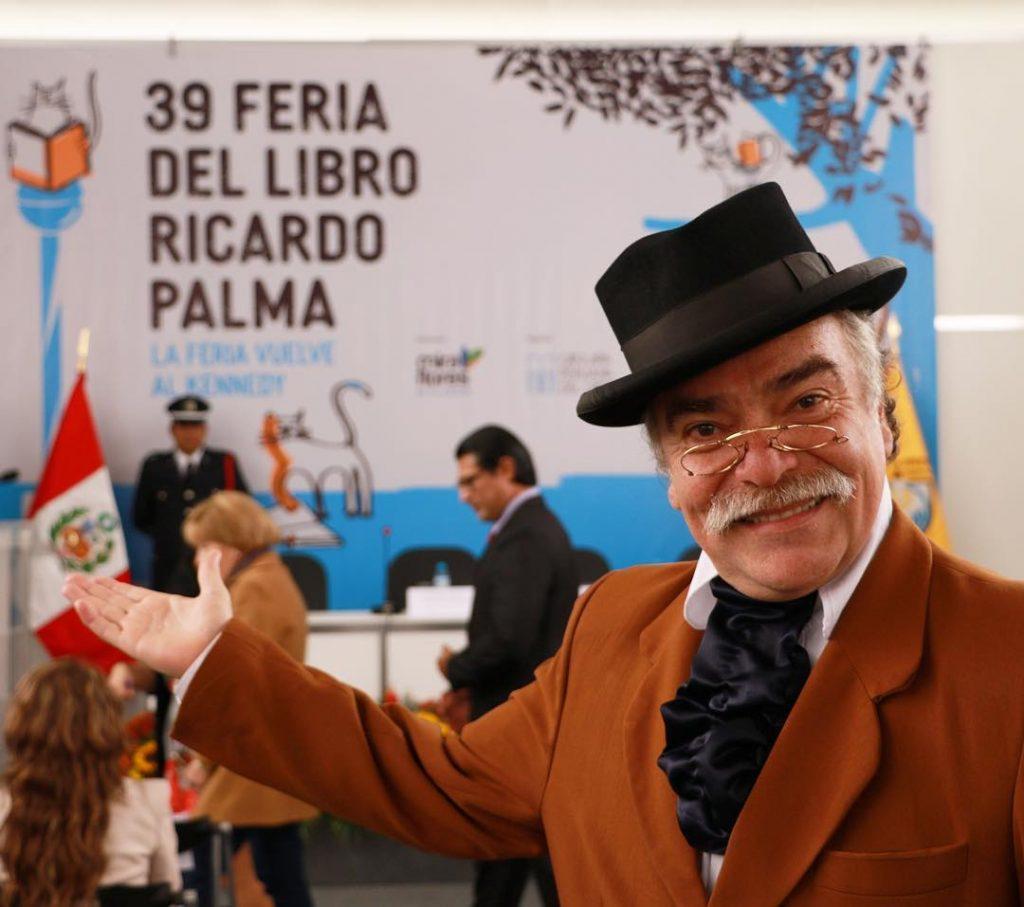 Feria del libro Ricardo Palma y cafeterías en Miraflores