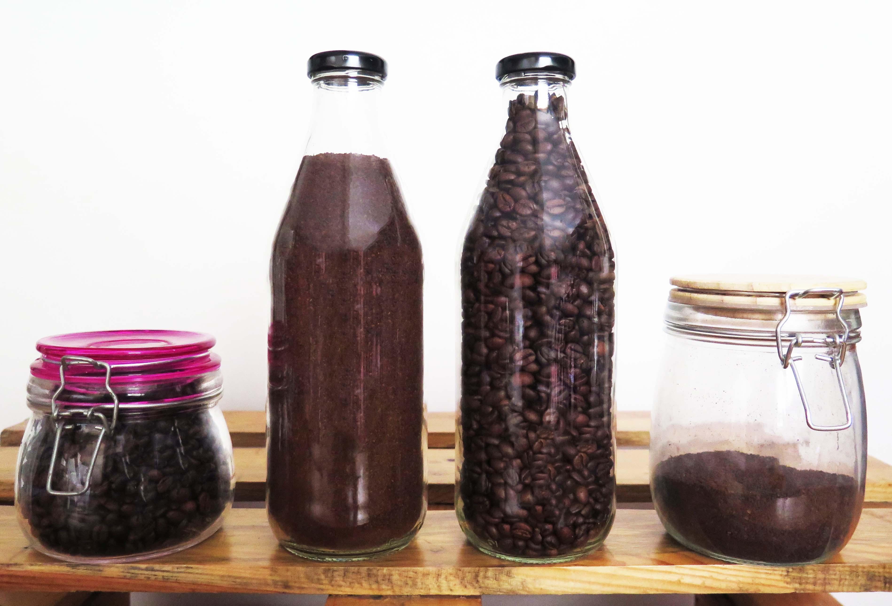 Cuida tu café: envases de vidrio y pinzas sellabolsas
