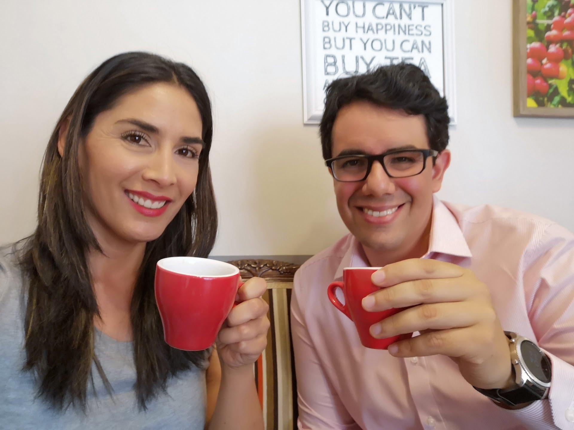 Un café con Patricio Valderrama, el geólogo de Twitter