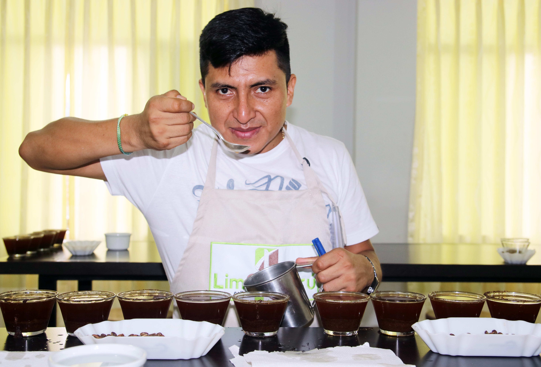 Rony Laván de LimCof Perú: en busca de cafés especiales