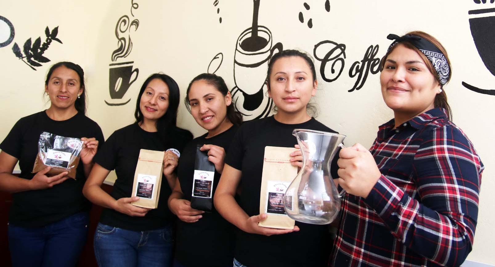 D'Lirios Coffee, la cafetería de las mujeres productoras de Chirinos