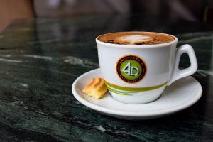 Celebra el Día del Café Peruano con el segundo café gratis en 4D