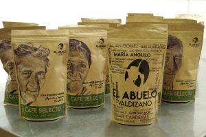 El abuelo Valdizano, el café de los adultos mayores de Huánuco