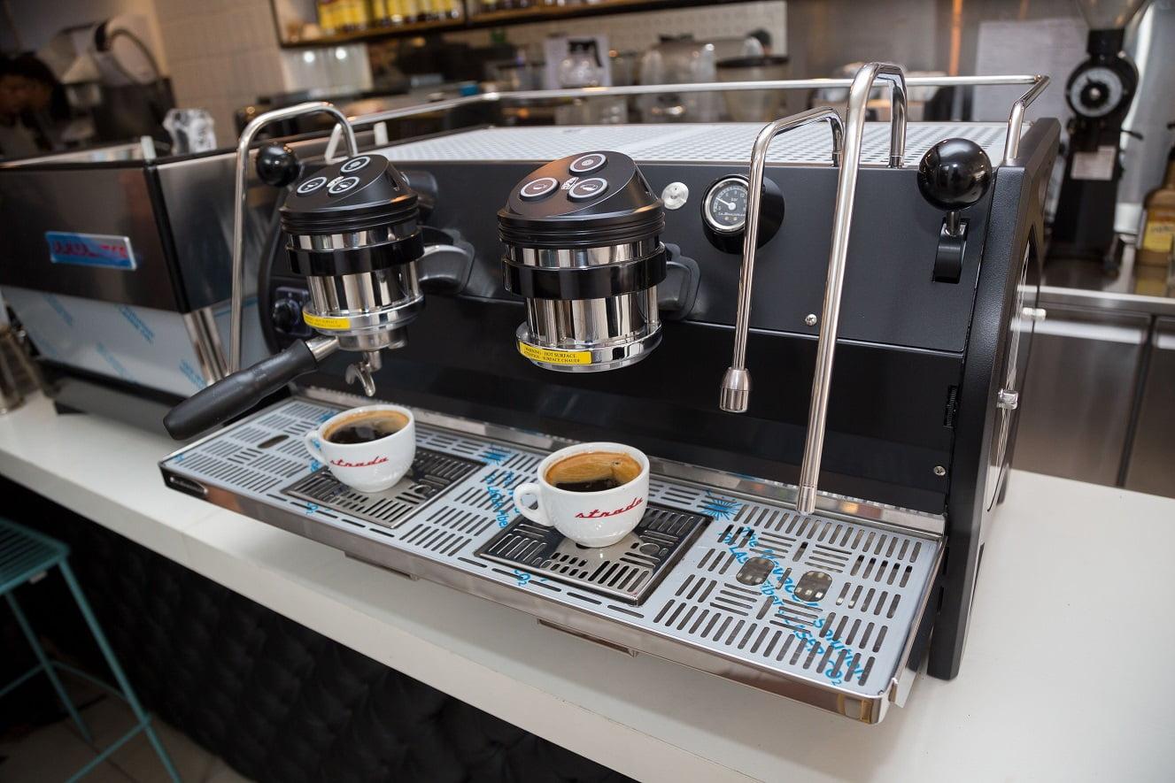 El showroom de Zanesco: equipos y experiencia cafetera