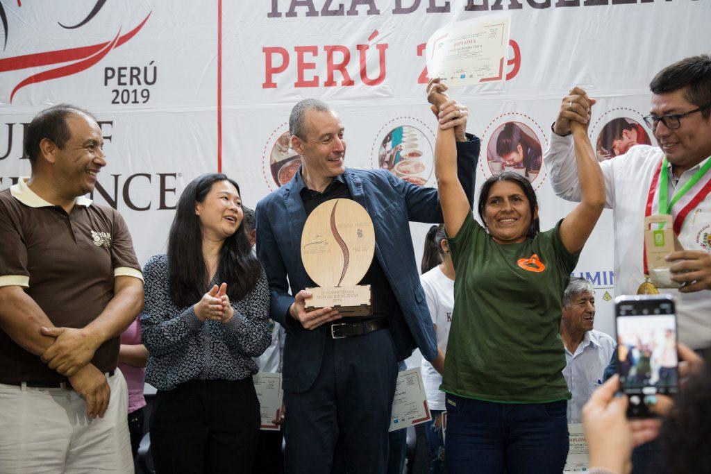 Grimanés Morales Lizana produce el mejor café del Perú