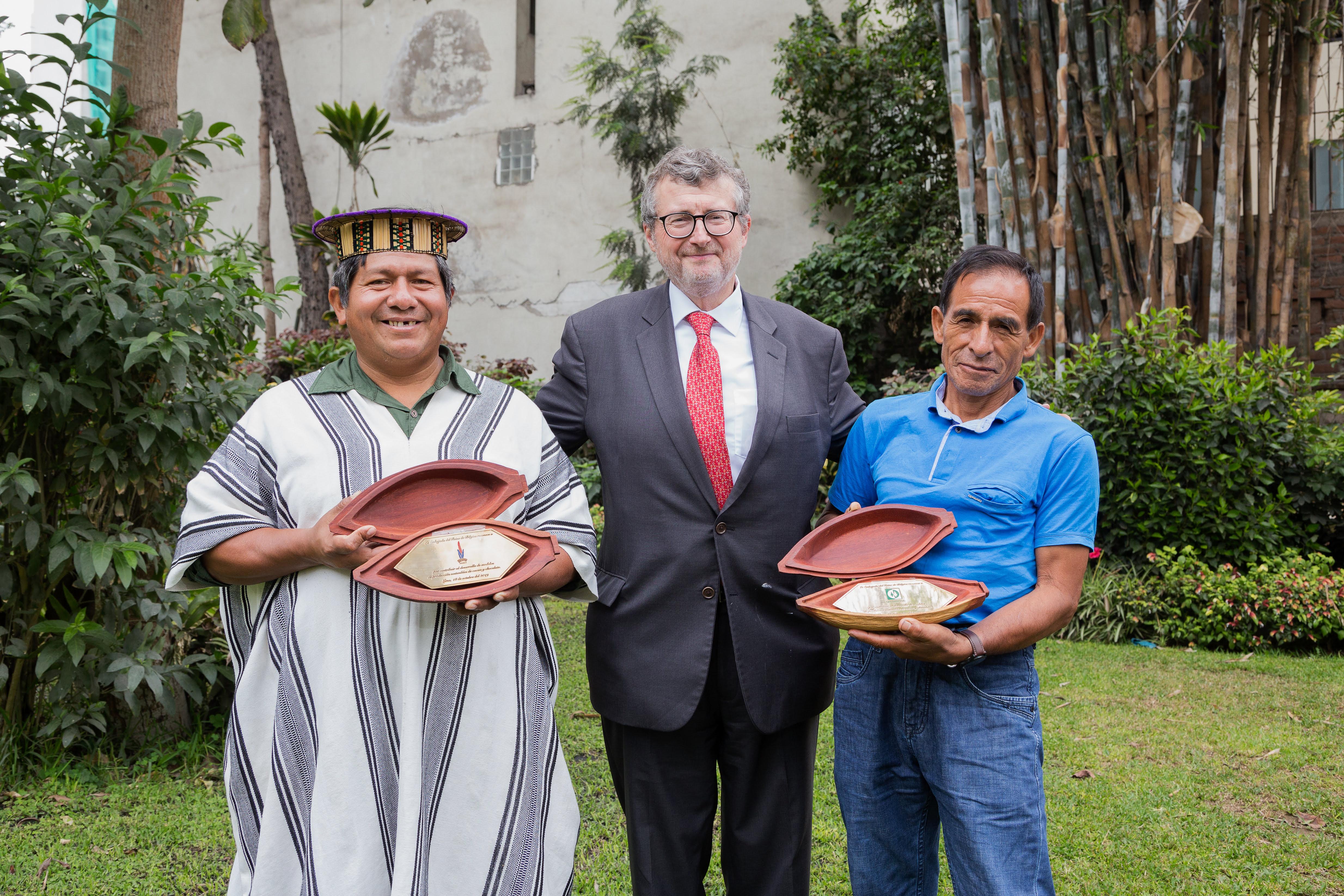 Reconocen a CAC Pangoa y Amarcy por su cacao cero deforestación