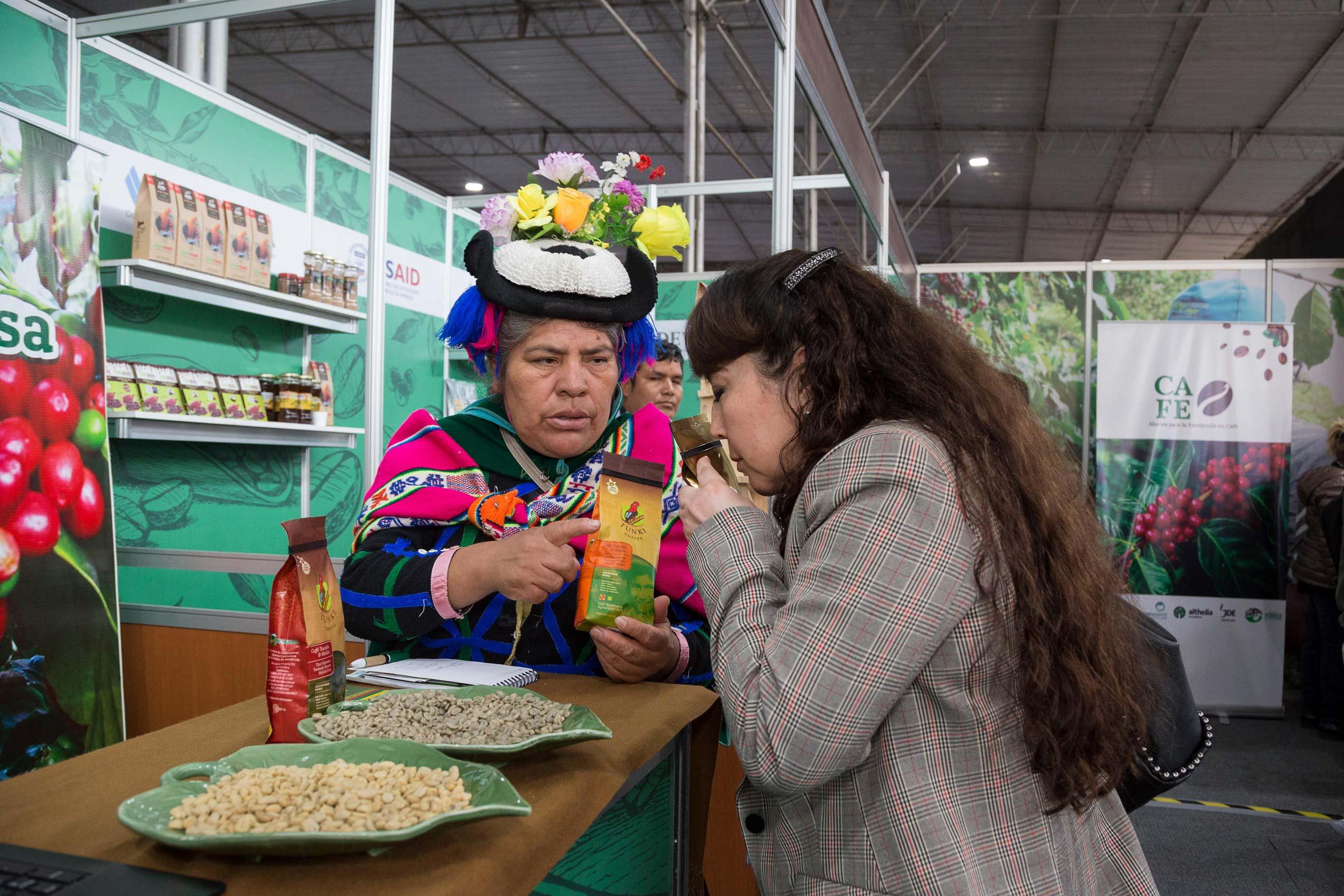 Cinco socios de Cecovasa en Taza de Excelencia Perú 2019