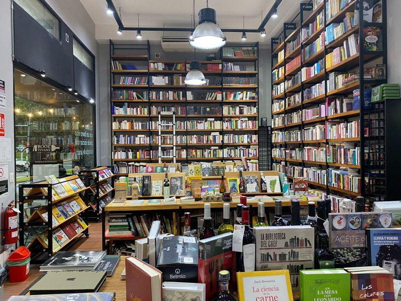 Book Vivant: libros, vino, café y otros placeres para sobrellevar la pandemia
