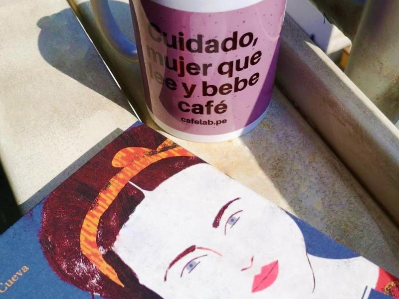 Día del Libro: Diez lecturas que puedes acompañar con un café