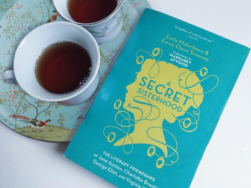 Reseña de libro | A secret sisterhood: amistades literarias